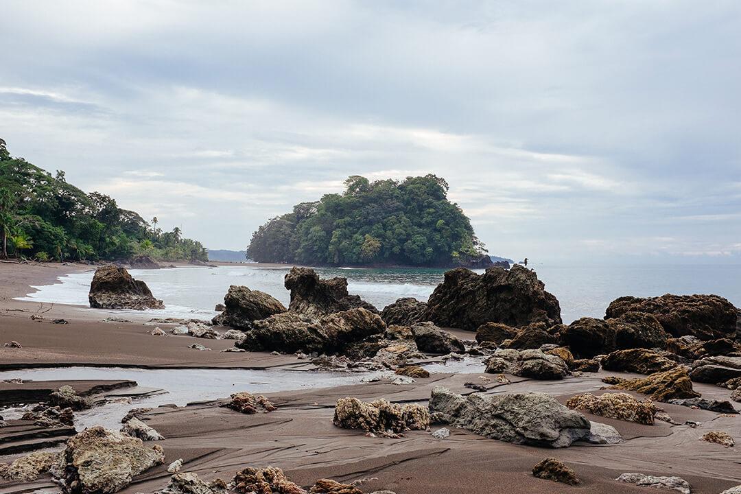 Playa en el pacífico colombiano