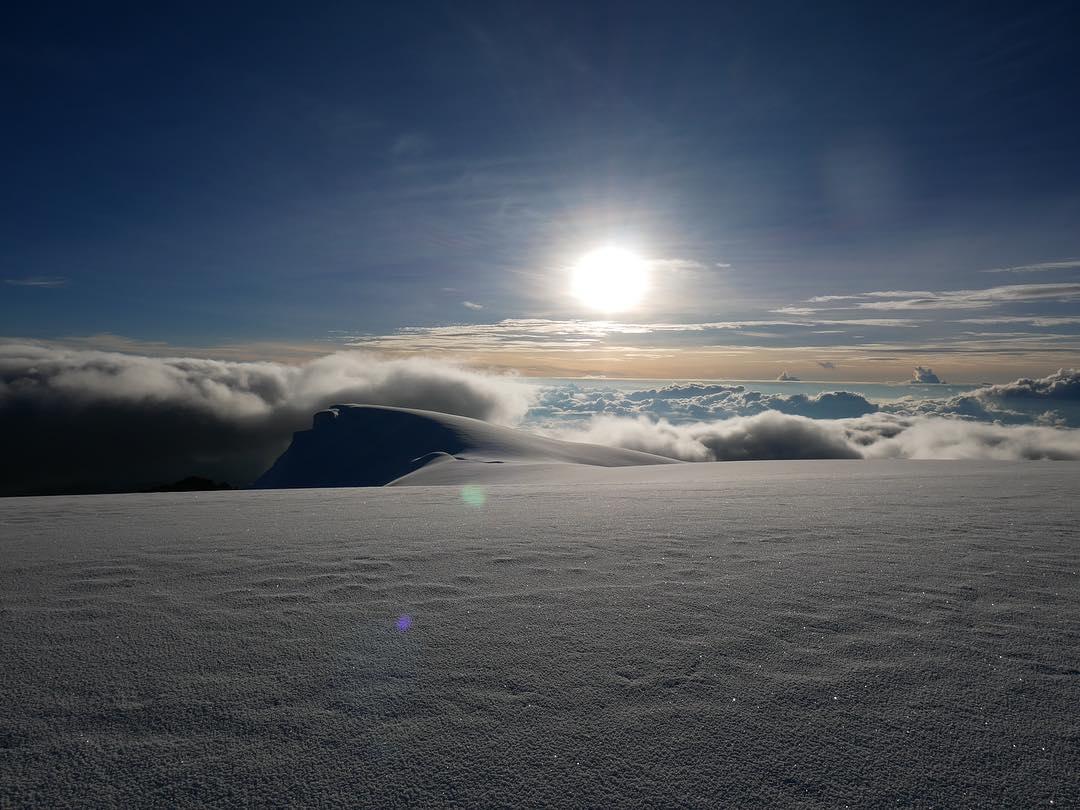 Puesta del sol desde lo alto del Nevado del Tolima