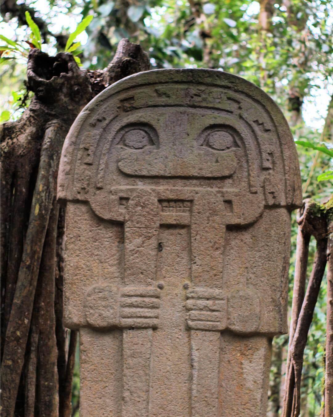Estatua San Agustín