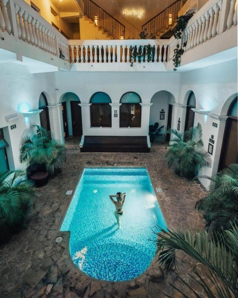 Pool of Masaya Hostel Santa Marta