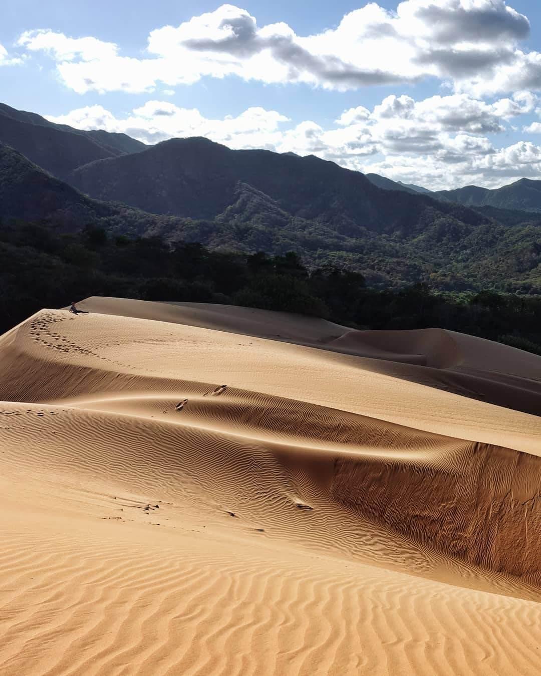 Ecoturismo en parques nacionales naturales de Colombia