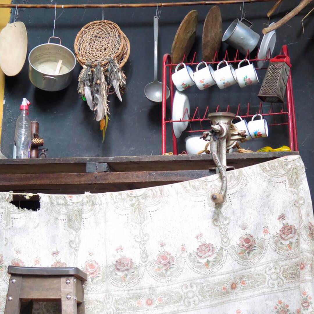 Recorrido por el centro de artesanos del bejuco en Filandia