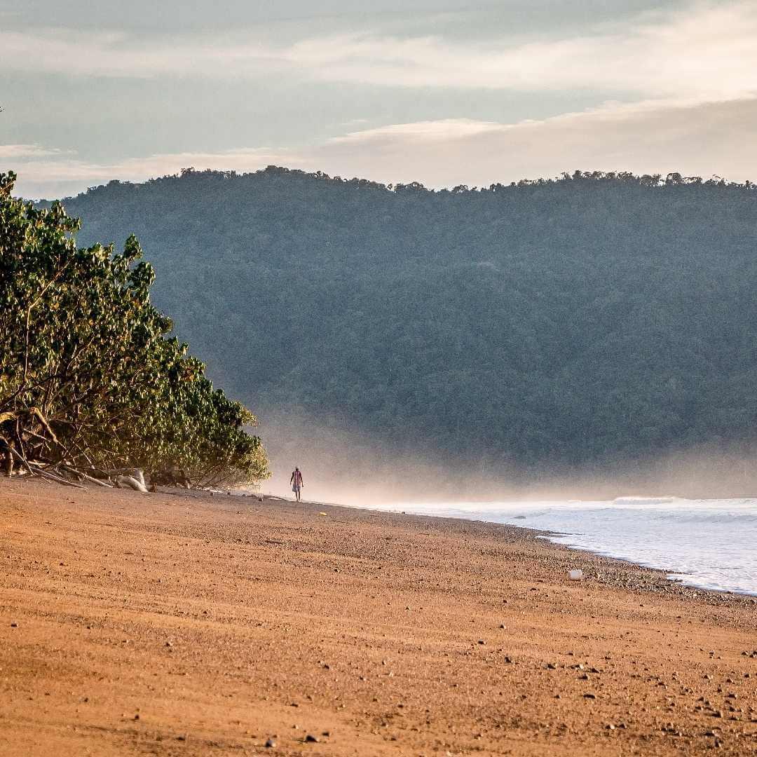 Playas solitarias del pacífico colombiano