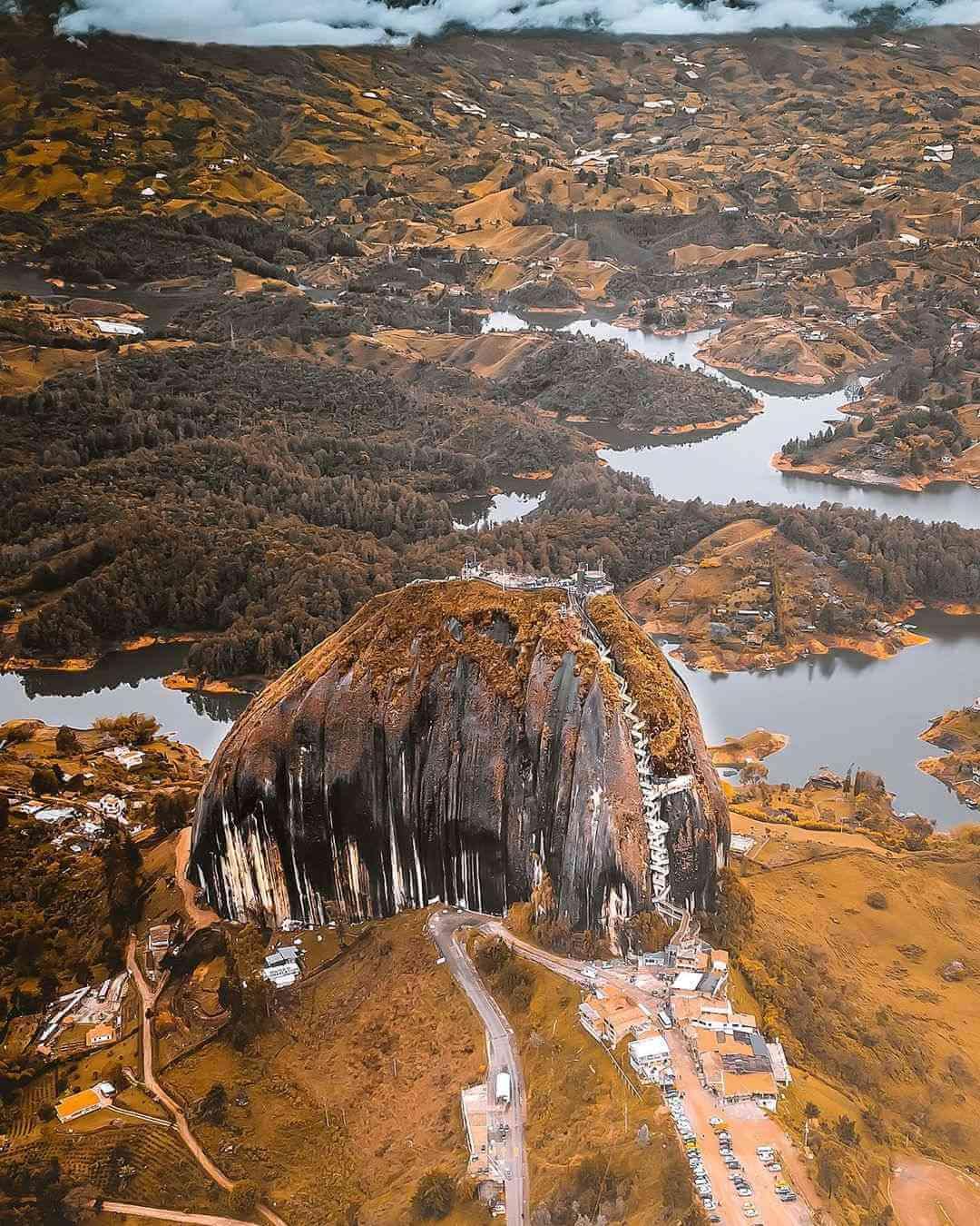 Piedra Peñol Colombia
