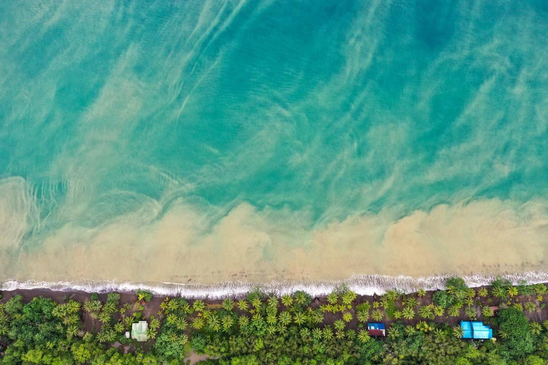 Playa Mecana Bahía Solano Colombia