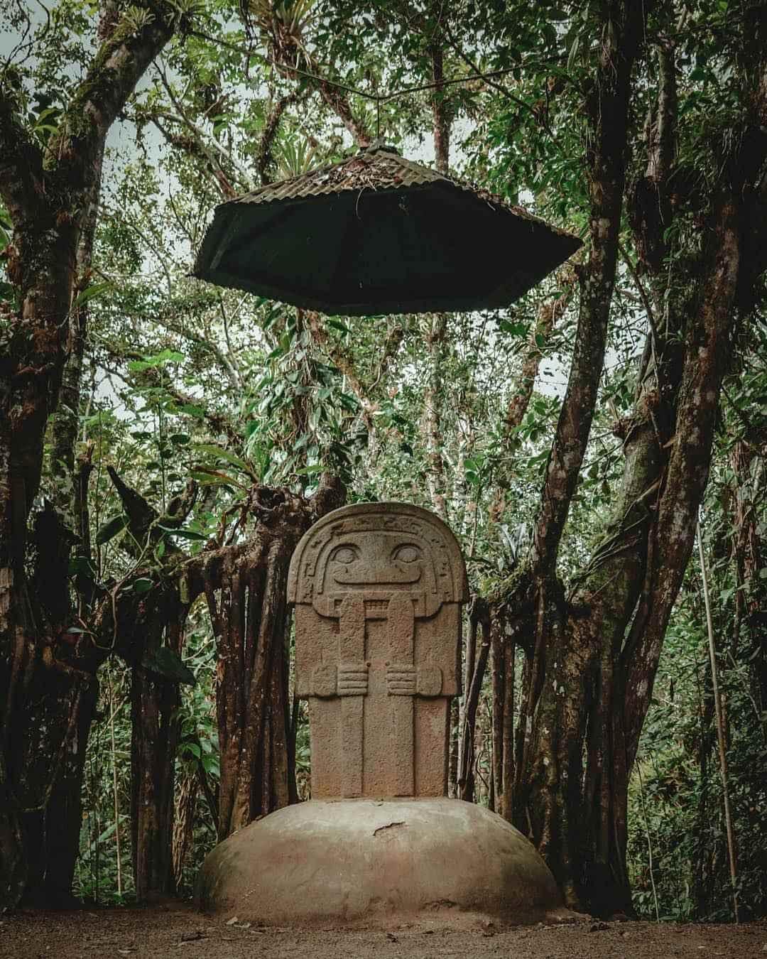 Bosque de estatuas parque arqueológico San Agustín