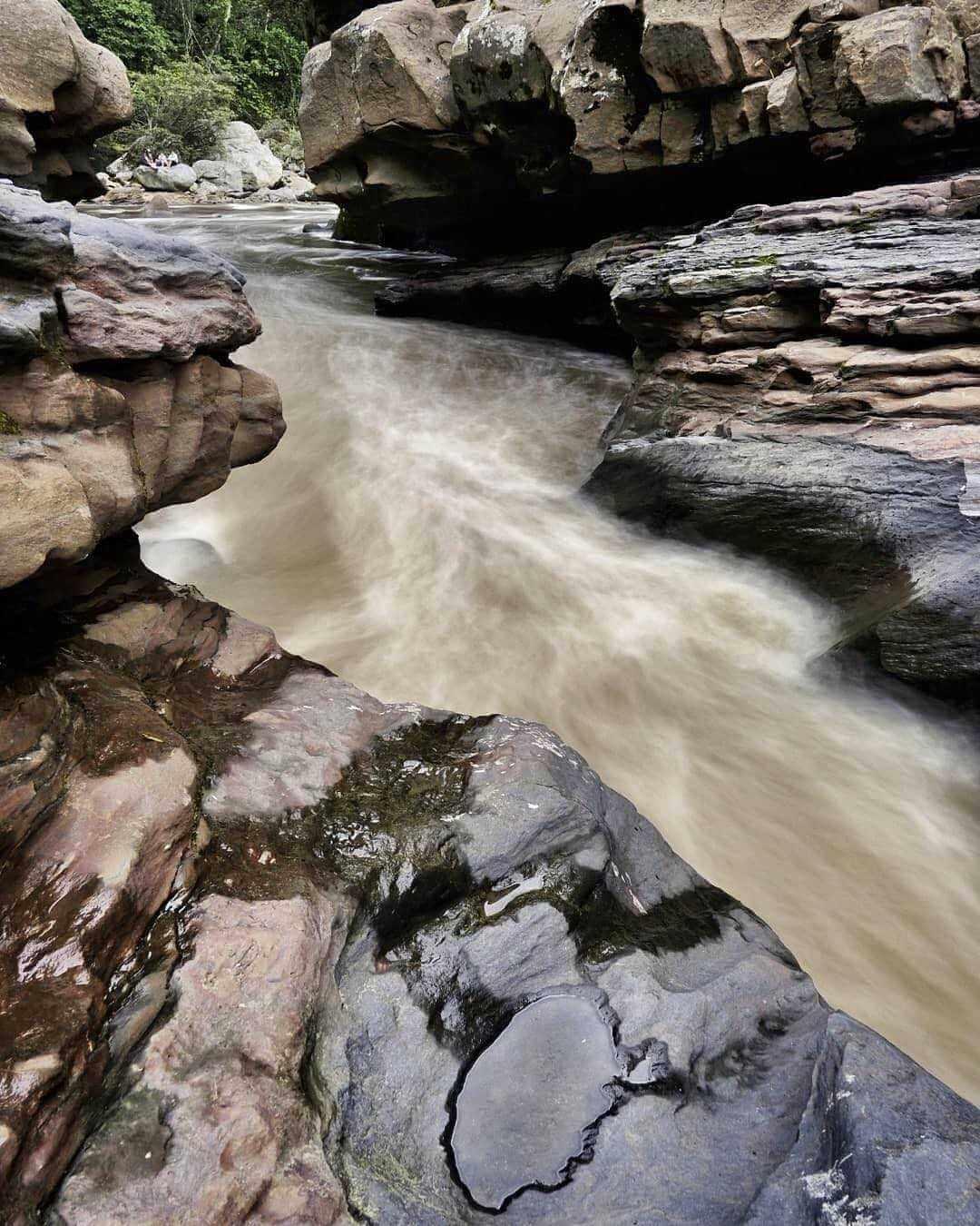 Estrecho río Magdalena Huila