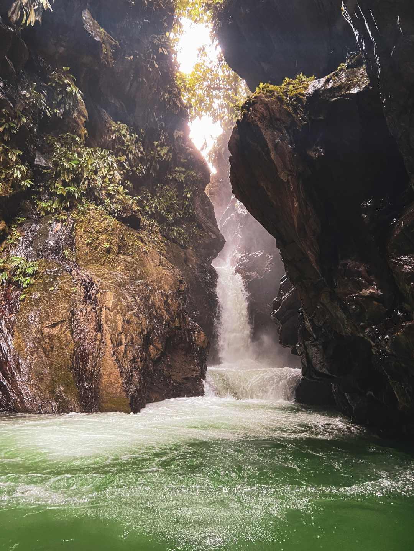 Cascada La Sirena El Danubio Pacífico colombia