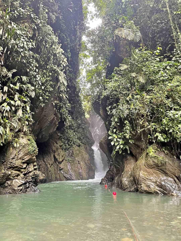 Cascada La Sirena Oasis Anchicaya