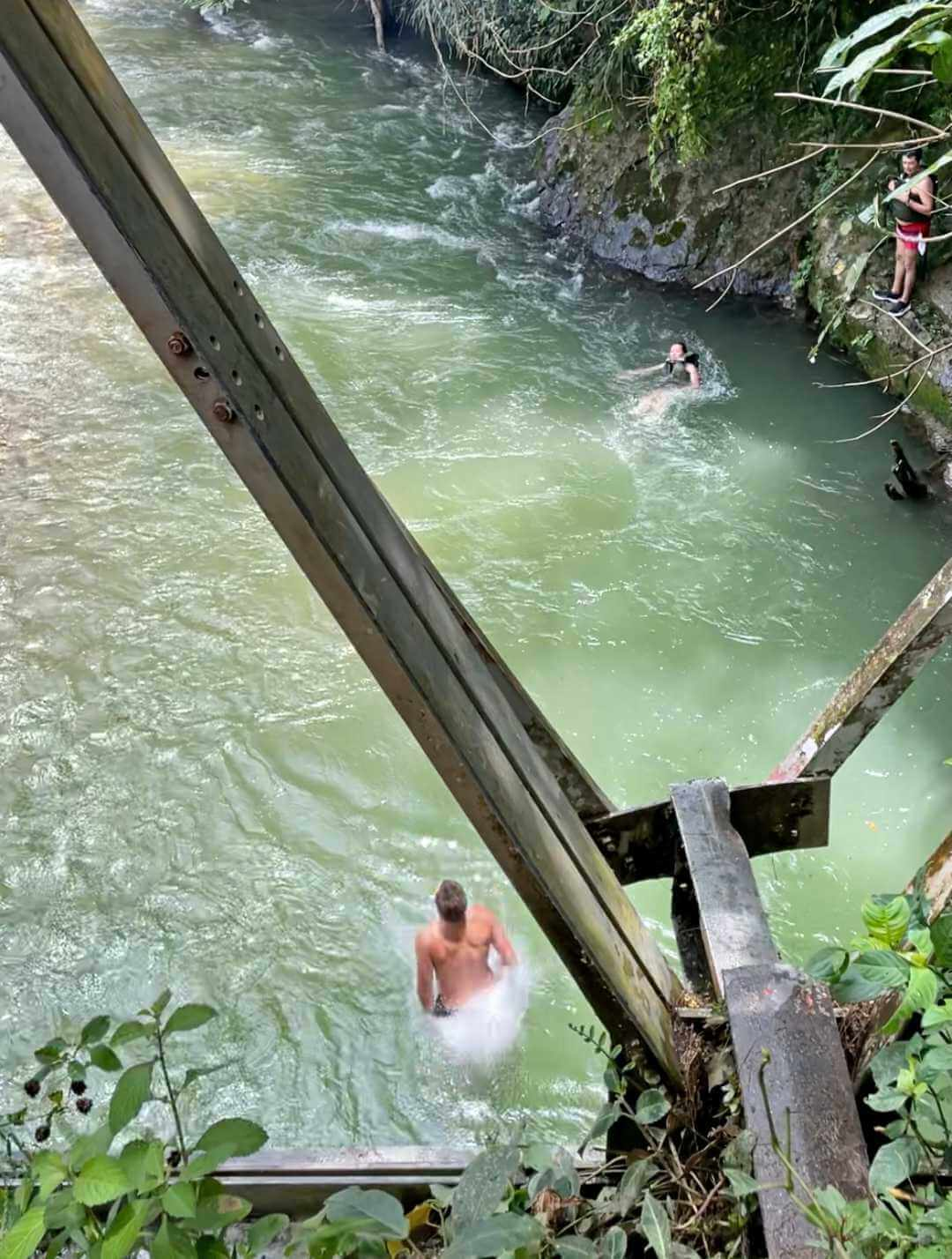 Salto Puente Rio Manso
